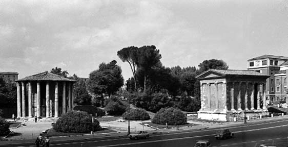 Temple of Hercules Victor, Rome, later 2nd century BC, (left) and the Temple of Portunus, 120-80 BC, (right) in the Forum Boarium, recalling the relationship between Halswell's Rotunda and Temple of Harmony.