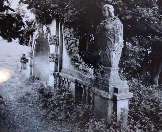 The caryatid-type figure on the bridge is female; the sex of the missing sculpture and it is unknown but was probably also female.